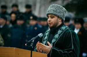 Рустам хазрат Хайруллин принял участие в торжественной церемонии вручения знамени УФСИН по РТ