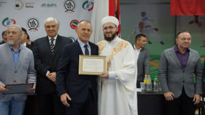 Муфтий Татарстана стал обладателем коричневого пояса по джиу-джитсу