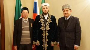 Муфтий РТ вручил медаль преподавателю медресе им 1000-летия ислама Наилю Таирову