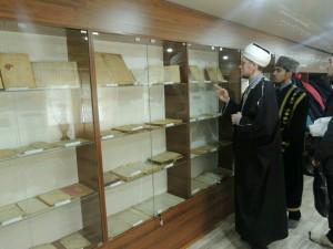 В с. Шали открылся мини-музей старинных дореволюционных мусульманских книг и рукописей