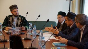 Kamil hazrat Samigullin conducted regular meeting on conservation of famous Tatar theologians' graves
