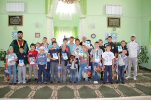 "In Buinsky mosque ""Hazhilar"" was finished the change of Muslim camp"