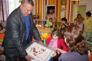 Kids from the Children's hospice were congratulated on Uraza-bayram