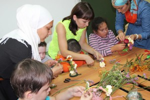 Master class on floral design for children with cerebral palsy